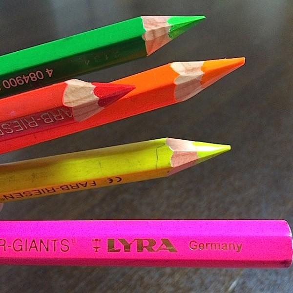 愛用中のLYRA色鉛筆ネオン